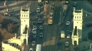 Ruch uliczny na Moście Poniatowskiego w Warszawie