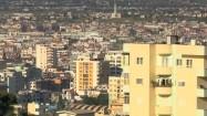 Bloki mieszkalne w Tiranie