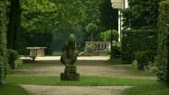 Rzeźby w nieborowskim ogrodzie