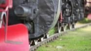 Koła lokomotywy na torach