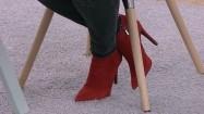 Czerwone botki na obcasie