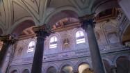Wnętrze bazyliki św. Bartłomieja w Rzymie