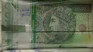 Banknoty stuzłotowe w paczkach