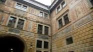 Czeski Krumlov - dziedziniec zamku
