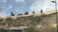 Jazda samochodem po Jerozolimie