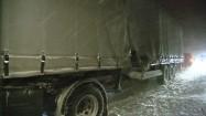 Ciężarówka w czasie zamieci śnieżnej