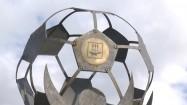 Pomnik przed stadionem Start w Sarańsku
