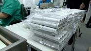 Rulony pięciozłotówek pakowane próżniowo