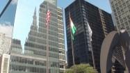 Flagi na masztach w Chicago