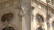 Pałac Belwederski w Wiedniu - zdobienia na elewacji