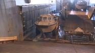 Pojazdy wojskowe na pokładzie okrętu
