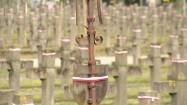 Krzyż na Cmentarzu Wojskowym na Powązkach w Warszawie