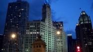 Ruch uliczny w Chicago nocą