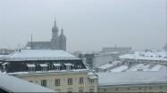 Ośnieżone dachy w Krakowie