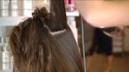 Układanie włosów na szczotkę