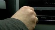 Regulacja głośności radia samochodowego