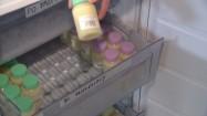 Kobiece mleko w butelkach