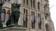 Pomnik lwa przy Orszaghaz w Budapeszcie