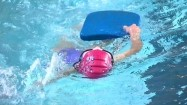 Pływak w basenie