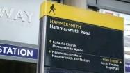 Stacja metra Hammersmith w Londynie - wejście