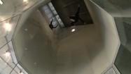 Ludzie w tunelu aerodynamicznym