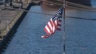Flaga USA powiewająca na wietrze