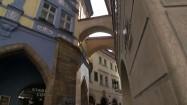 Wąska uliczka na Starym Mieście w Pradze