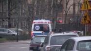 Ambulans jadący na sygnale