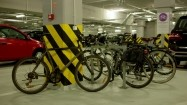 Rowery na podziemnym parkingu