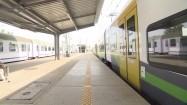 Pociągi stojące na stacji