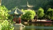 Chińska altana na wodzie