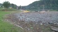 Śmieci w Jeziorze Rożnowskim
