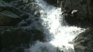 Siklawa - woda rozbijająca się o skały