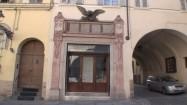 Witryna sklepowa w Parmie