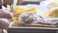 Jedzenie smażonej ryby