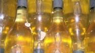 Butelki białego wina