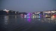 Warszawa - oświetlone łodzie na Wiśle
