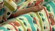 Dziecko w łóżku