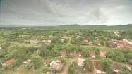 Szare chmury nad Trinidadem na Kubie