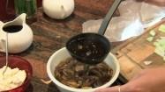 Podlewanie kaszy gryczanej sosem