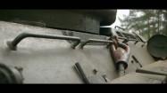 Zbiornik na paliwo i światła w czołgu