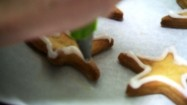 Zdobienie ciastek lukrem
