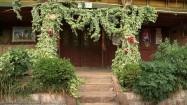 Dom plemienia Mosuo - drzwi frontowe