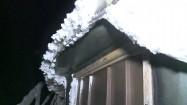 Pokrywa śnieżna na daszku