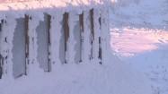 Zaśnieżone okna Wysokogórskiego Obserwatorium Meteorologicznego na Śnieżce