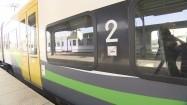 Pociąg stojący na stacji