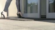 Chodzenie w szpilkach