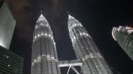 Petronas Towers w Kuala Lumpur nocą