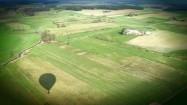 Pole i cień balonu