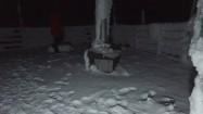 Stacja meteorologiczna na Śnieżce nocą